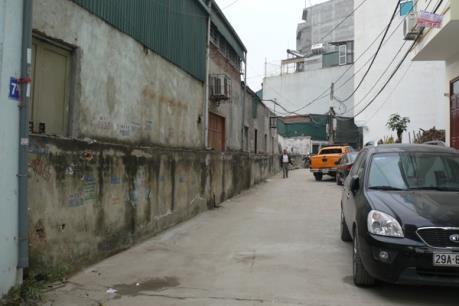 Tranh cãi xung quanh việc tự ý phá dỡ tường bao của khu tập thể Đại học Y Hà Nội