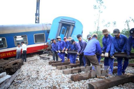 Tin mới về vụ tai nạn giữa tàu hỏa và xe ben tại Thừa Thiên - Huế