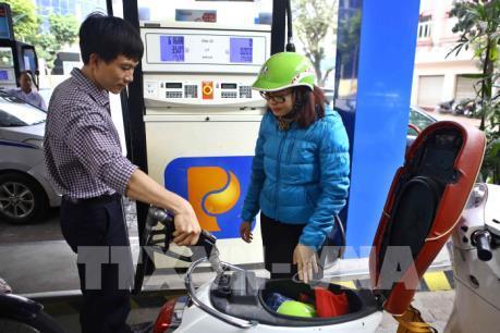 Giá xăng được điều chỉnh giảm từ 15h hôm nay