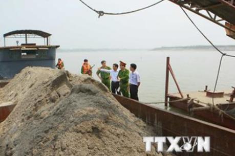 Chính phủ quy định mức phạt hành vi khai thác cát trái phép