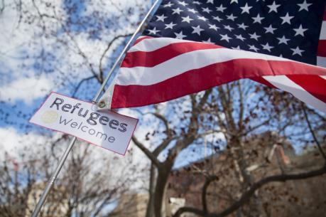 Hàng loạt chuyên gia và cựu quan chức Mỹ phản đối mạnh mẽ sắc lệnh nhập cư mới