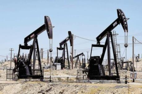 Dự trữ dầu và sản phẩm lọc dầu cao kỷ lục sẽ giúp giảm tình trạng thiếu cung do bão Harvey