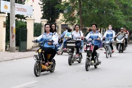 Những tai nạn thương tâm do đi xe đạp điện