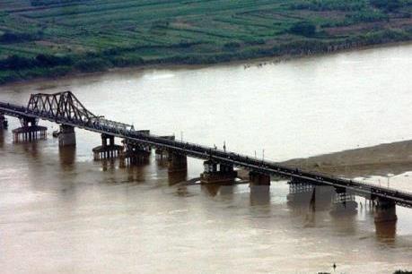 Quy hoạch 2 bên bờ sông Hồng: Hà Nội chưa quyết chọn tư vấn nước ngoài nào