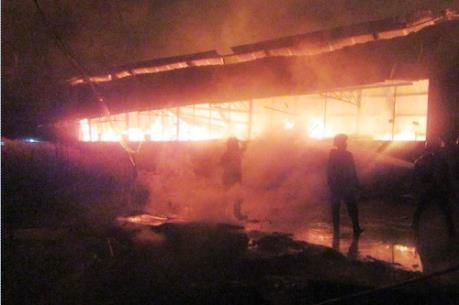 Cháy xưởng sản xuất bao bì tại quận 12, Tp. Hồ Chí Minh