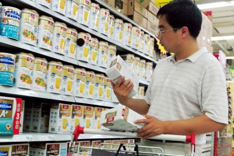 Xét xử đường dây sản xuất sữa công thức trẻ em giả mạo
