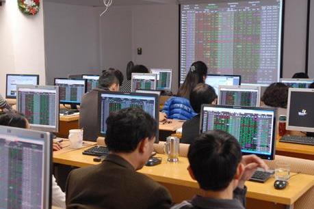 Chứng khoán ngày 11/7: Cổ phiếu ngân hàng bứt phá