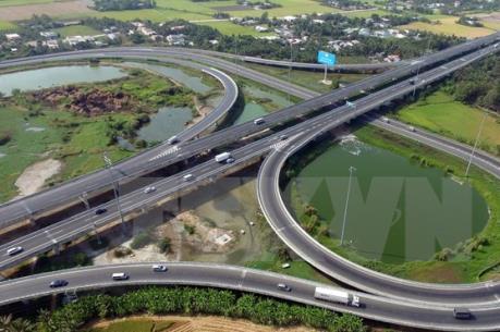 Tuyến cao tốc Bắc - Nam sẽ được quy hoạch thành 6-10 làn xe