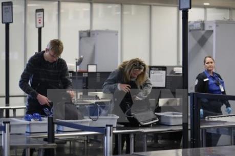 Mỹ sẵn sàng mở rộng lệnh cấm các thiết bị điện tử lên máy bay
