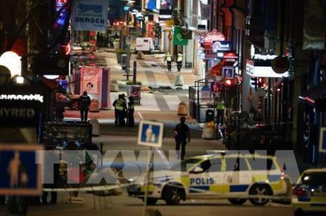 Vụ tấn công khủng bố ở Thụy Điển: Phát hiện chất nổ trong xe tải gây án