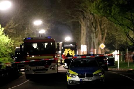 Đức: Xe bus của CLB Dortmund bị tấn công với 3 vụ nổ