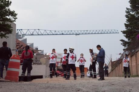 Mexico: Sập công trình đang thi công làm nhiều người chết