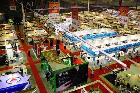 Hơn 350 doanh nghiệp tham gia triển lãm quốc tế ô tô, xe máy, xe đạp điện
