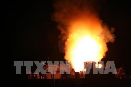 Liên quân Mỹ không kích một kho vũ khí hóa học của IS