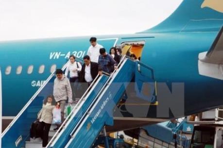 Vietnam Airlines phát hiện khách nước ngoài lấy trộm gần 400 triệu đồng trên máy bay