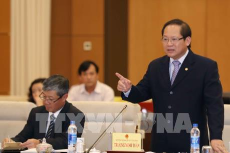 Bộ trưởng Thông tin và Truyền thông trả lời chất vấn về thông tin mạng và mạng xã hội