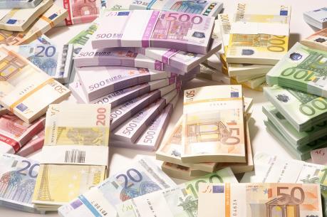 Đồng euro chạm mức cao nhất của ba tuần