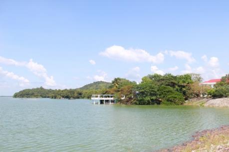 Tây Ninh tạm ngưng toàn bộ hoạt động khai thác cát trong hồ Dầu Tiếng