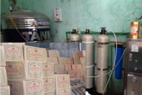 Hà Nội đình chỉ 40 cơ sở sản xuất rượu vi phạm an toàn thực phẩm
