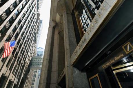 Fed phạt Deutsche Bank hơn 155 triệu USD do giám sát lỏng lẻo