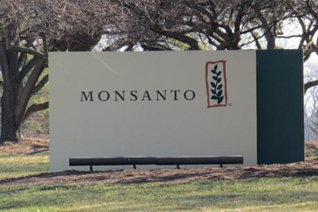 """""""Hồ sơ Monsanto"""" gây nhiều quan ngại tại châu Âu"""