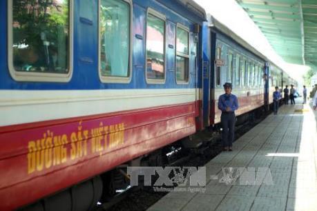 Lượng khách mua vé tại ga Sài Gòn tăng gần 20%