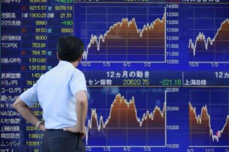 Chứng khoán châu Á áp sát mức cao nhất trong một thập kỷ qua