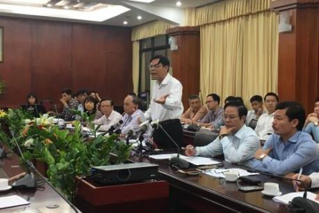 Ngành nông nghiệp kêu gọi doanh nghiệp hỗ trợ người chăn nuôi