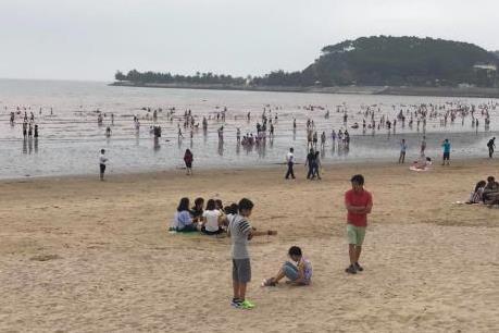 Hơn 200.000 du khách đến với Đồ Sơn trong 3 ngày nghỉ lễ