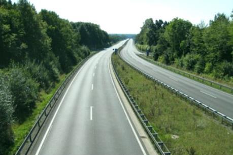 Tháng 12, sẽ đưa vào sử dụng đường cao tốc Hạ Long – Vân Đồn
