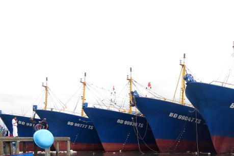 Nan giải sự cố tàu vỏ thép Bình Định