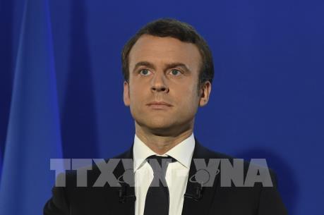 Tổng thống Pháp Emmanuel Macron gia hạn tình trạng báo động khẩn cấp