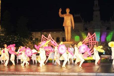 Tp Hồ Chí Minh: Chính thức diễn ra Chương trình nghệ thuật đường phố định kỳ