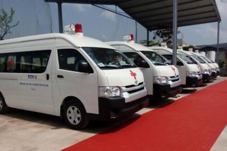BIDV bàn giao 46 xe cứu thương trị giá hơn 55 tỷ đồng cho các bệnh viện