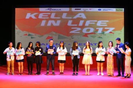 """Sôi động cuộc thi hùng biện Tiếng Anh """"Kella in Life 2017"""""""