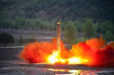 Phản ứng của Mỹ và Nhật Bản về vụ phóng tên lửa mới nhất của Triều Tiên