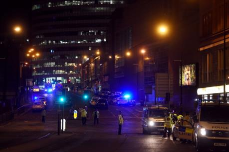 Nổ sân vận động tại Anh: 19 người thiệt mạng