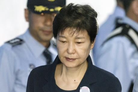 Bắt đầu phiên xét xử cựu Tổng thống Hàn Quốc Park Geun-hye
