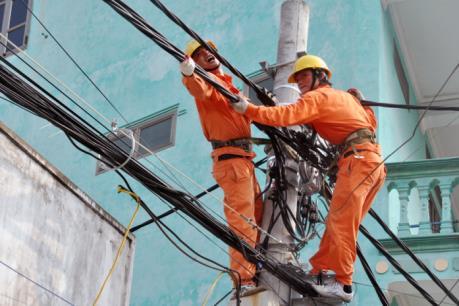 Sản lượng điện tiêu thụ tăng cao kỷ lục do nắng nóng