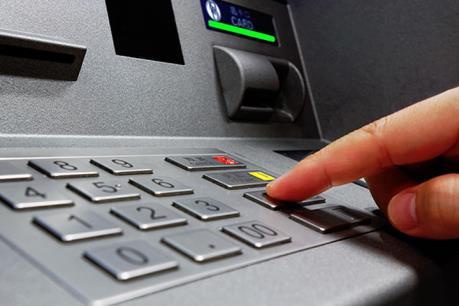 """Các vụ mất tiền trong tài khoản: Tin tặc tấn công và """"rút ruột"""" tài khoản như thế nào?"""