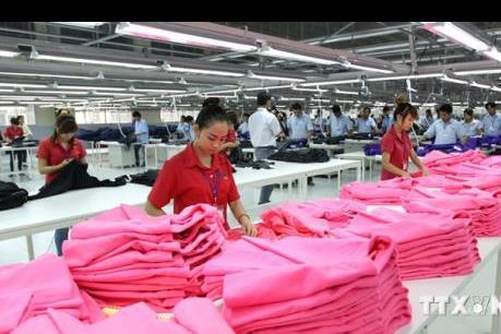 Xuất khẩu dệt may 6 tháng đầu năm 2017: Tăng mạnh nhưng chưa bền vững