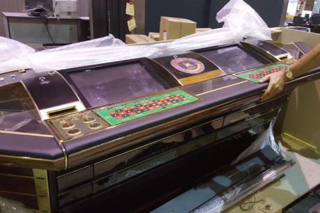Hải quan Tân Sơn Nhất tạm giữ lô hàng máy đánh bạc vận chuyển trái phép