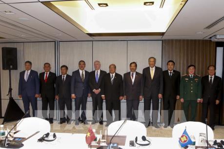 Đối thoại Shangri-La 16: Các quan chức quốc phòng Đông Nam Á cảnh báo về đe dọa khủng bố