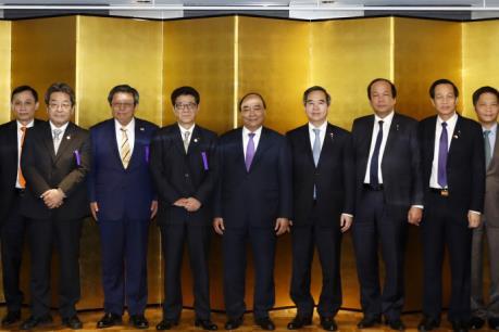 Thủ tướng Nguyễn Xuân Phúc đối thoại với các doanh nghiệp Vùng Kansai, Nhật Bản