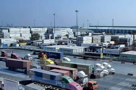 Tìm hướng giảm tải và kẹt xe cho tuyến đường vào cảng Cát Lái