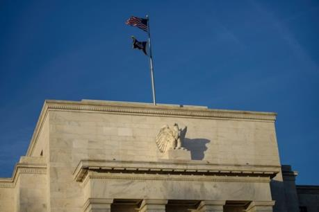 Thị trường vàng châu Á dõi theo cuộc họp của Fed
