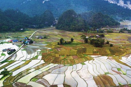 Đánh thức tiềm năng phát triển du lịch sinh thái Tuyên Quang (Phần 2)