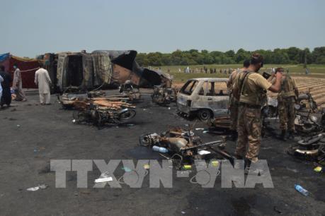 Vụ cháy xe bồn chở dầu tại Pakistan: 206 người đã thiệt mạng