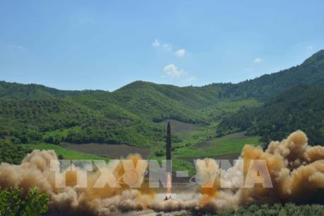 Triều Tiên lần đầu tiên phóng một tên lửa đạn đạo liên lục địa