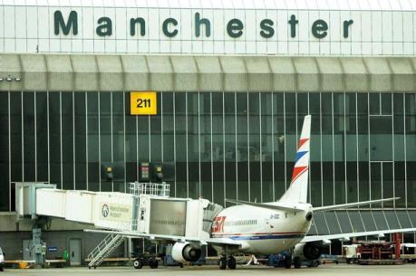 Có gì trong túi đồ khả nghi tại sân bay Manchester?